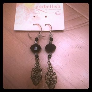 🆕NWT Drop blk beaded & bronze detail earrings